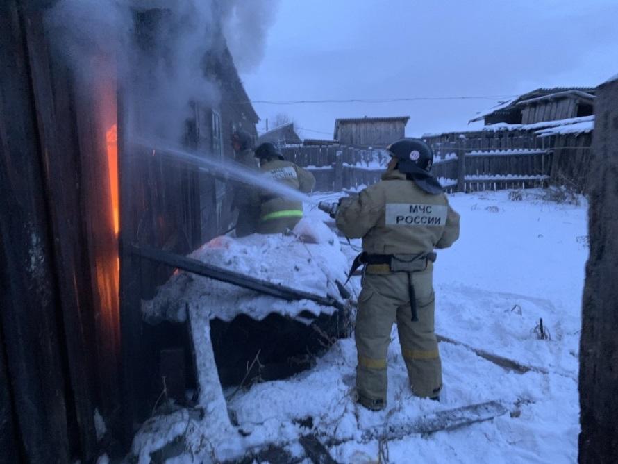 18 пожаров ликвидировали пожарно-спасательные подразделения за прошедшие сутки в Иркутской области