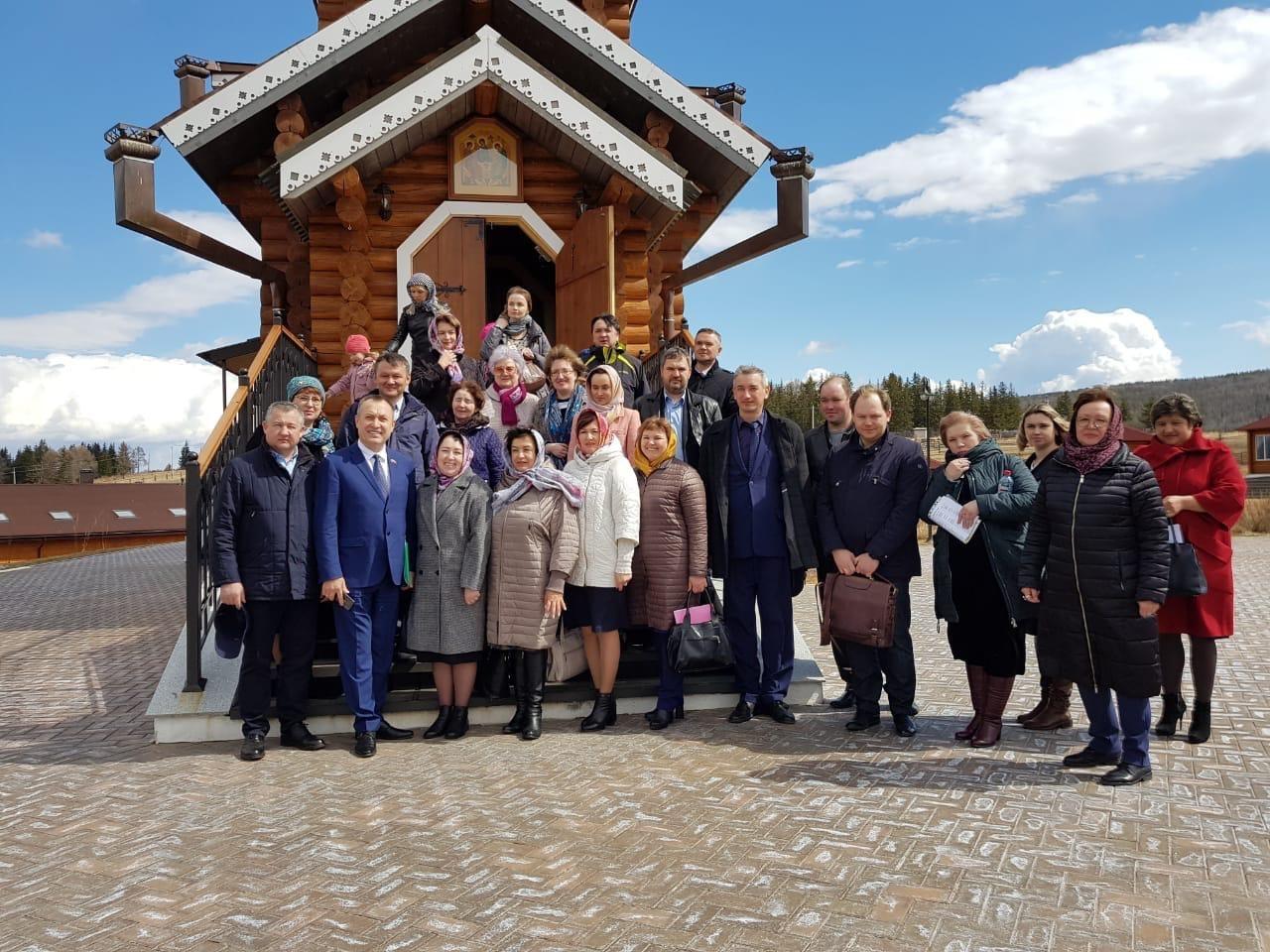22 апреля, на базе КПЦ им. Святителя Иннокентия (Вениаминова), прошло расширенное выездное заседание комитета по социально-культурному законодательству Законодательного Собрания Иркутской области
