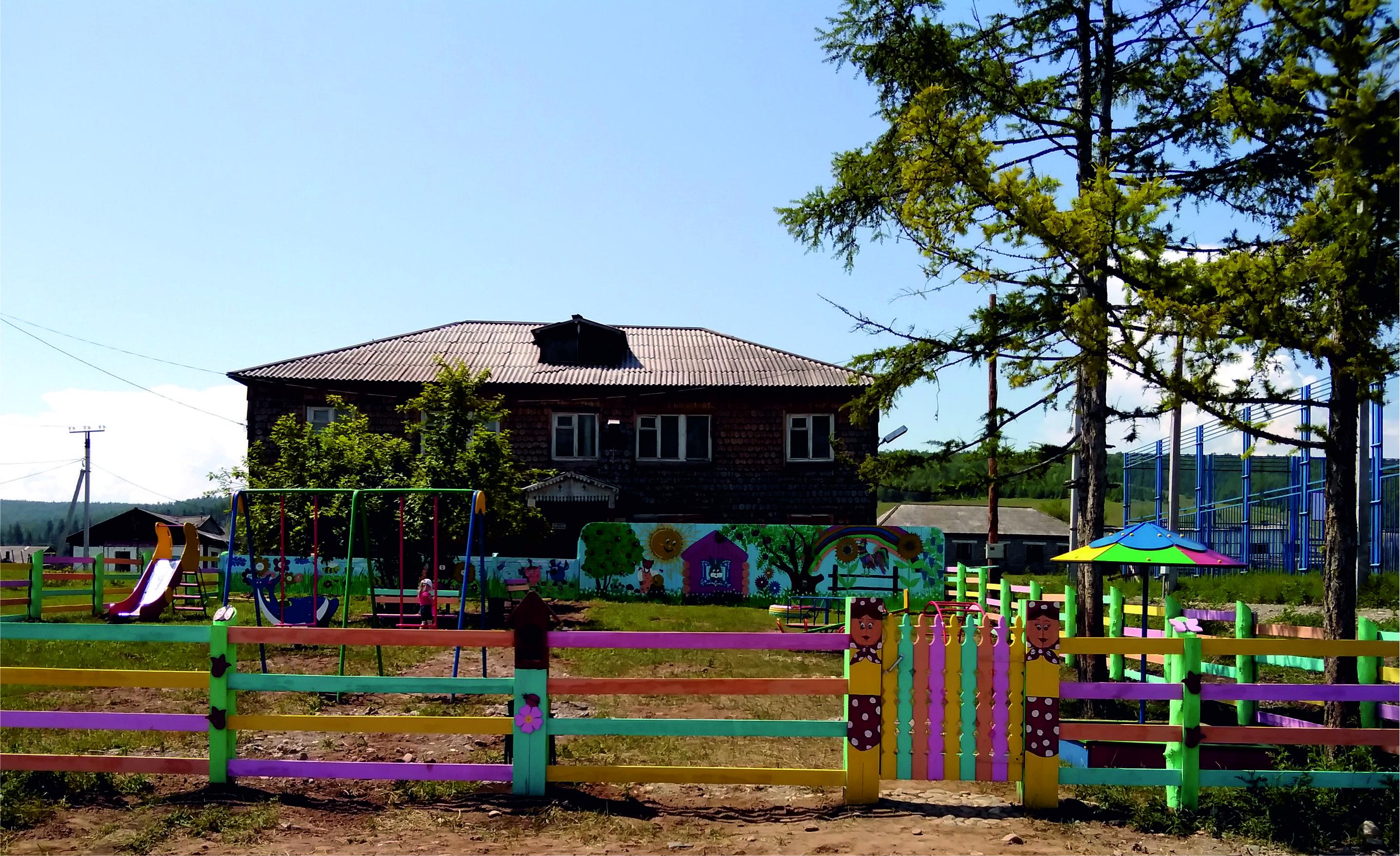 В селе Бутаково открылась детская игровая площадка «Родной край»