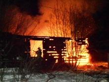 С анамальными холодами в Иркутской области возросло количество пожаров.