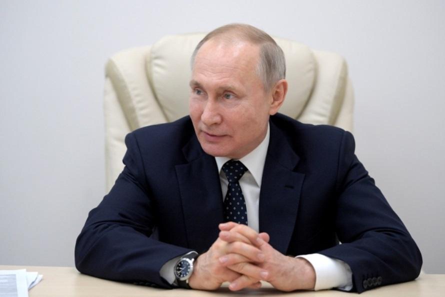 «Самое безопасное сейчас — побыть дома»: полная речь Владимира Путина