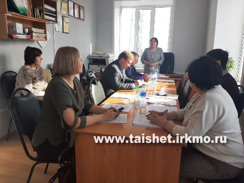 Депутаты Думы Тайшетского района обсуди соцконтракты и электронные проездные билеты