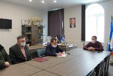 13 января 2021 года мэр муниципального образования Куйтунский район провёл совещание с водителями межпоселенческих маршрутов