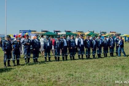 Тайшетский район на областном конкурсе «Лучший пахарь» представлял механизатор ОО «Новая Заря» Иван Баженов
