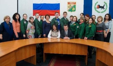 В администрации Тайшетского района наградили волонтеров добровольческой акции «Снежный десант»