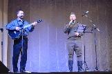 Р.Бурматов (гитара) и И.Терещенко (вокал)