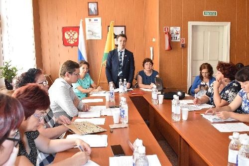Главы и руководители района встретились в Речушке