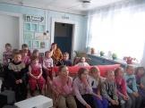 Участники интерактивного путешествия «Мы с приятелем…» в Бадарминской сельской библиотеке №1