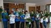 Волонтеры поздравили жителей с Днем семьи