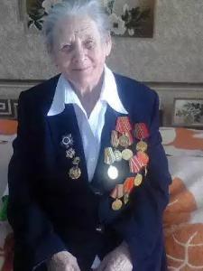 Легендарным ветеранам от благодарных потомков