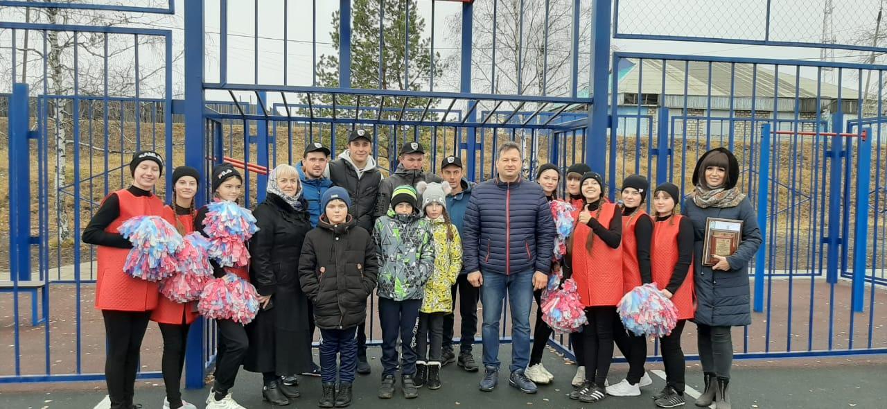 Открытие многофункциональной спортивной площадки на территории р.п. Железнодорожный