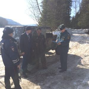 По выезду автотранспорта на лед в п. Аршан