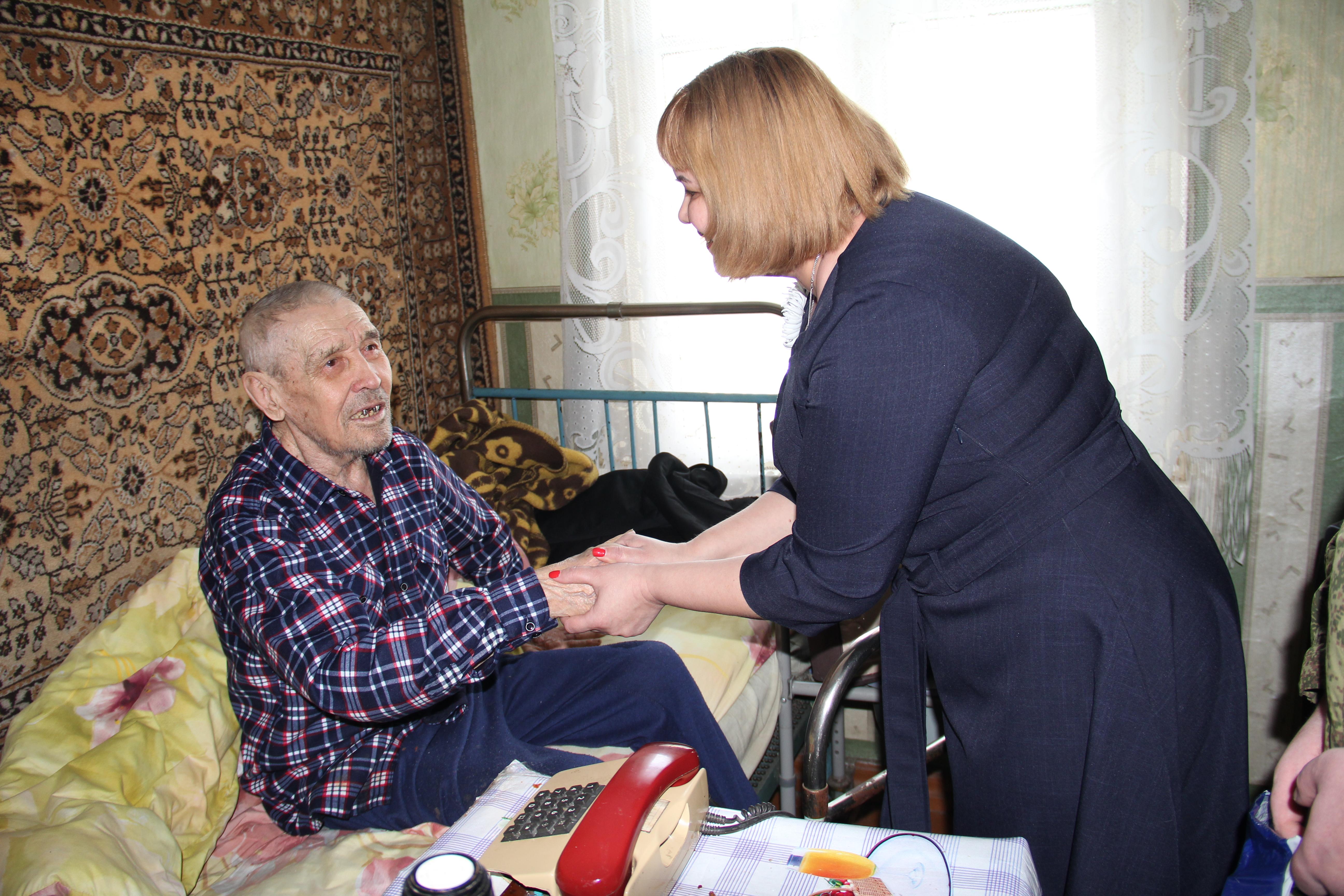 В минувший четверг, 28 февраля наш дорогой ветеран и участник Великой Отечественной войны Колганов Виктор Пантелеймонович отметил свой 92-ой  день рождения