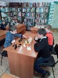 Фейерверк детских игр - шахматы