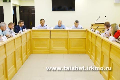 Законодательное Собрание Иркутской области поддержит инициативы аграриев, пострадавших от наводнения.