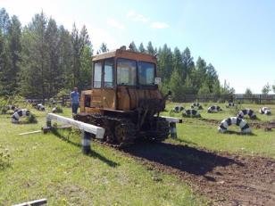 Выпускники Усть-Илимского района сдали экзамены по профессии «Тракторист-машинист»