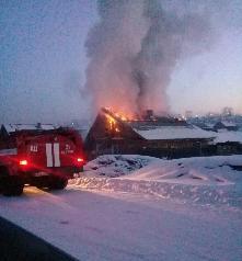 «Сообщает служба 01»В Иркутской области ухудшилась обстановка с пожарами и гибелью людей при них.