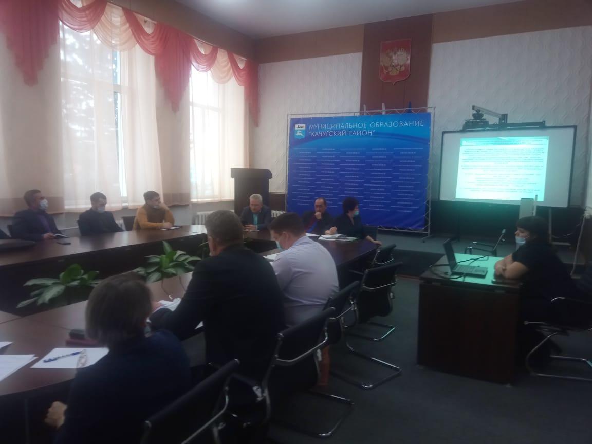 10 февраля 2021 года в администрации муниципального района прошло заседание Комиссии по предупреждению и ликвидации чрезвычайных ситуаций и обеспечению пожарной безопасности МО «Качугский район»