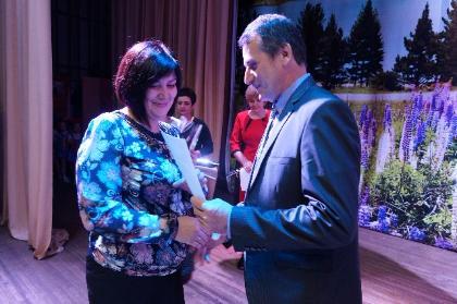 Педагогов Тайшетского района чествовали накануне Дня учителя