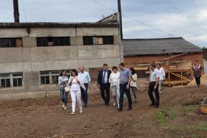 Социально-экономическое положение поселков Усть-Илимского района оценили парламентарии области