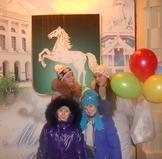 конкурса Поющая Сибирь на фоне герба г.Томска