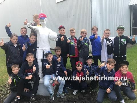 Юные футболисты из Тайшетского района провели тренировочный сбор в санаторно-оздоровительном  комплексе «Солнечный Тесь» г. Минусинска