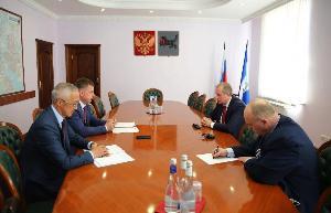 Мэр Черемховского района, Сергей Марач обратился к губернатору с просьбой поддержать строительство социальных объектов
