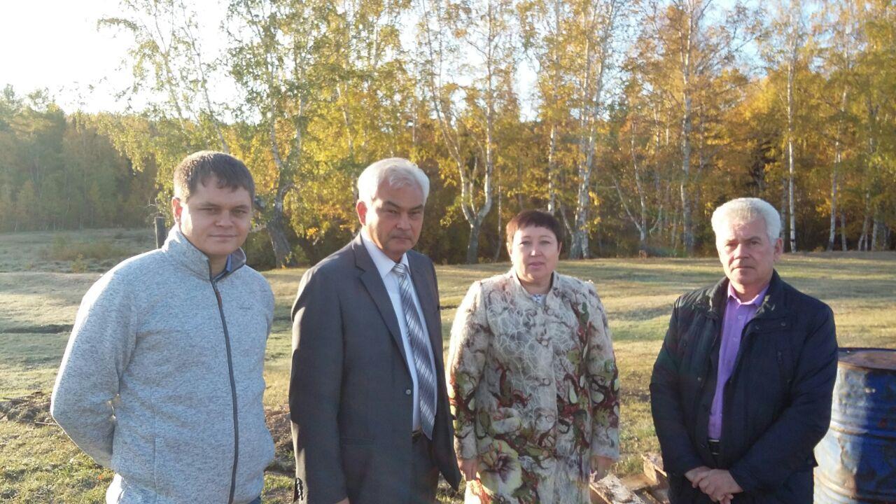 В Качугском районе с рабочим визитом побывал министр жилищной политики, энергетики и транспорта Иркутской области Артур Сулейменов