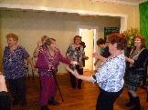 Бадарминцы танцуют