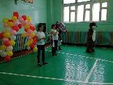 Ведущие в сопровождении символа Усть-Илимского района - Бурундука