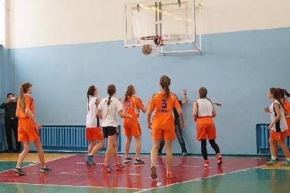 Соревнования по баскетболу среди школьников: итоги