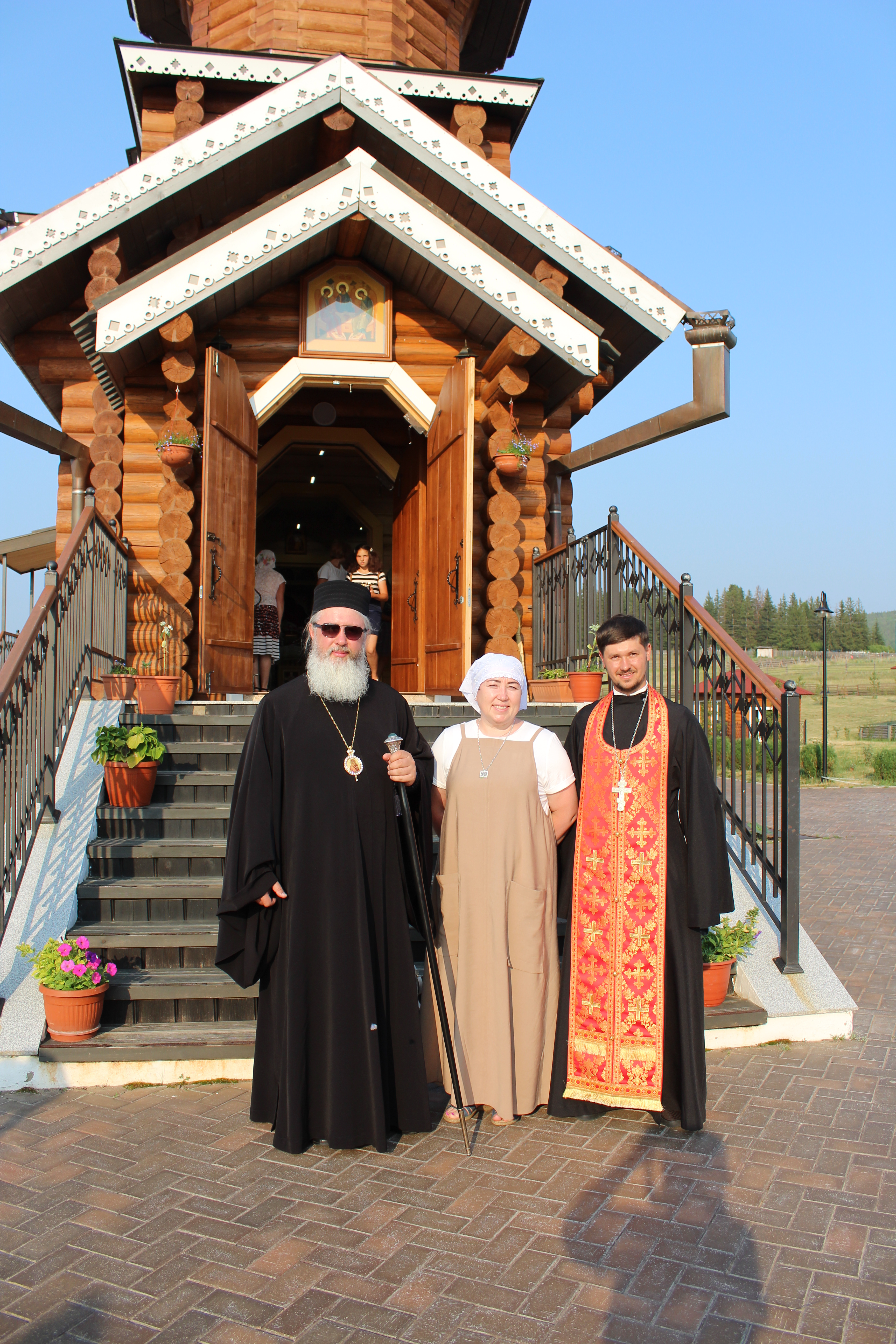 В Качугском районе произошло знаковое событие - архипастырскую поездку по приходам района совершил Митрополит Иркутский и Ангарский владыка Максимилиан