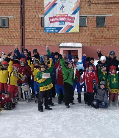 Невонские хоккеисты открыли сезон победой