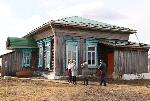 В деревне Нены прошла приемка отремонтированной кровли здания школы и пищеблока