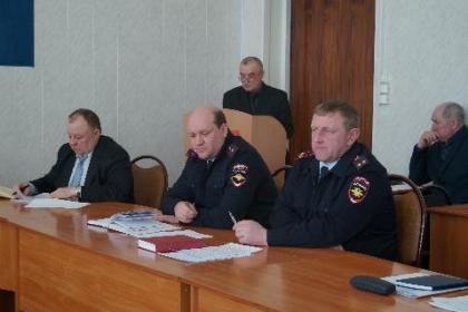 В администрации Тайшетского района проведено экстренное заседание КЧС