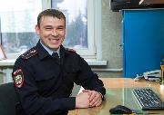 старший лейтенант полиции Дубровин Григорий Сергеевич, старший оперуполномоченный отдела уголовного розыска ОМВД России по Чунскому району