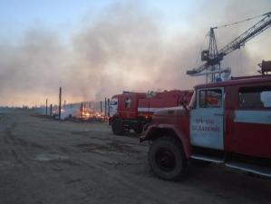 Посёлок Седаново спасли от пожара, произошедшего на лесоперерабатывающем предприятии в Усть-Илимском районе