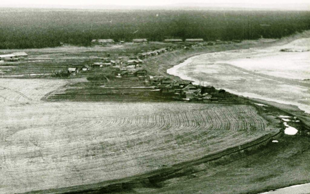 Деревня Погодаева с Яра (1969 г.).jpg